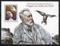 GUINEE BISSAU BF 994  * *  ( Cote 13e )   Ecrivains Jules Verne - Ecrivains