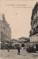 CPA 16 ANGOULÊME Rue Des Halles - Une Entrée Principale Du Marché Couvert (animé) - Angouleme