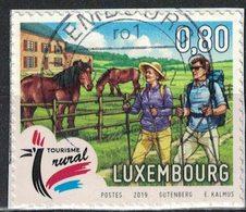 Luxembourg 2019 Oblitéré Used Tourisme Rural Randonnée En Couple Ferme Chevaux SU - France
