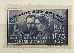 Timbre France YT 402 Neuf (*) MH (traces Papier) 1938, Pierre Et Marie Curie 1f75+50 Outremer (côte 10 Euros) Euros – 42 - France