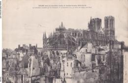 Photo Géante 22 Cm X 27 Cm.REIMS : 2°année De Bombardement 1914-15-16 (Cathédrale Incendiée Par Allemands Le 19/09/1914) - Reproductions
