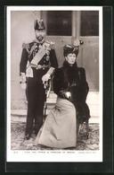 Pc Prince & Princess Of Wales, Prinz Von England In Uniform Mit Hut - Königshäuser
