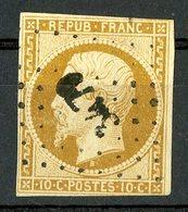 N°9 10ct Bistre. Cote 850 €. Oblitéré. Lire Description - 1852 Luigi-Napoleone