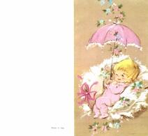 Faire-part De Naissance : Bébé Fille Posée Sur Coussin Et Ombrelle Rose - Geburt & Taufe