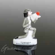 Feve Les Amoureux De Peynet 1998 Miniature Porcelaine Figurine - Personnages
