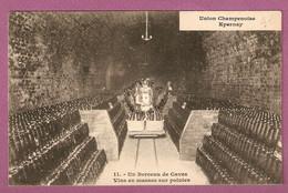 Cpa Epernay -Union Champenoise Un Berceau De Caves Vins En Masses Sur Pointes N°11 - Epernay