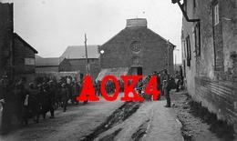 08 Ardennes VAUX LES MOURON Eglise Enterrement 1918 Autry Sechault Montcheutin Champagne Argonne Challerange - Autres Communes