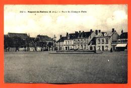 """CPA 28 Nogent Le Rotrou """" Place Du Champ De Foire """" - Nogent Le Rotrou"""