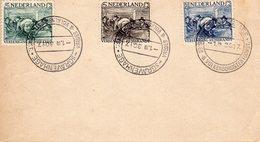 1.10.30 NVPH 229-231 Met Stempel 's GRAVENHAGE VREDES & VOLKENBONDSTENTOONST. Op Envelop - Lettres & Documents