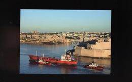 MALTA VALLETTA Cargo Ship ORYX TRADER Panama Boat At Harbour Port Bateau Remorqueur  Maritime Vessel Ship Schiff - Malta