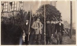 Photo Format Carte Postale Tableau De Chasse à Ciergnon Famille F. Danckaert Willebroek - Lugares