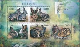 [39298]TB//**/Mnh-Comores 2011 - BL2240/2244, Faune, Lapins, Animaux. - Conigli