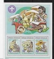Serie De Centroafricana Nº Yvert 1636/38 ** SETAS (MUSHROOMS) - República Centroafricana