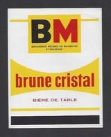Etiquette De Bière De Table Brune Cristal  -   Brasserie Réunies De Maubeuge Et Environs  (59) - Beer