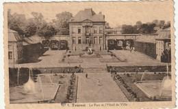 TOURNAI + Parc Et L'Hotel De Ville - Tournai