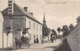 Razines           37         Une Rue Dans Le Bourg Avec Attelages       (voir Scan) - Autres Communes