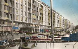 TOULON...quai Stalingrad  Edit   ARIS NO 310 - Toulon