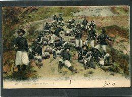 CPA - Chasseurs Alpins Au Repos, Très Animé - Regiments