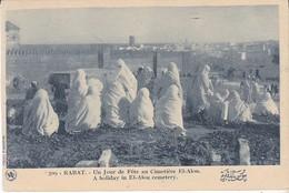 CPA RABAT UN JOUR DE FETE AU CIMETIERE EL ALOU - Rabat