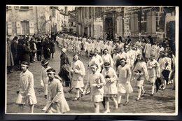 SENLIS 60 - Carte Photo - Senlis 1930 - Défilé De Jeunes Filles - #B467 - Senlis