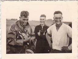 PHOTO ORIGINALE 39 / 45 WW2 WEHRMACHT FRANCE SAINT POL SUR MER SOLDATS ALLEMANDS - Guerra, Militares