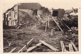PHOTO ORIGINALE 39 / 45 WW2 WEHRMACHT FRANCE OISE VILLAGE DETRUIT - Guerra, Militari
