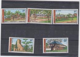 WALLIS ET FUTUNA Sèrie Complète 5 T Neufs Xx  N° YT 203 à 207 - 1977 - Batiments Et Monuments - Wallis-Et-Futuna