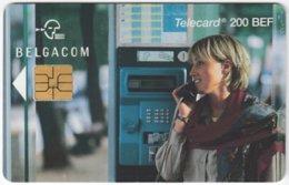 BELGIUM B-527 Chip Belgacom - Communication, Phone Booth - Used - Mit Chip
