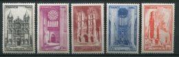 16003 FRANCE N°663/7 ** Cathédrales : Au Profit De L'Entraide Française    1944   TB - France