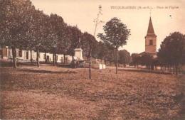 54 MEURTHE Et MOSELLE La Place De L'Eglise De TUCQUEGNIEUX - France