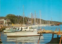 TAHITI - Bonitiers Et Yachts Au Port - Tahiti