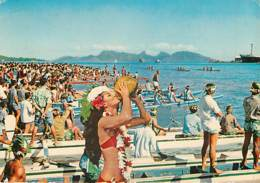TAHITI -  La Course De Pirogues - Tahiti