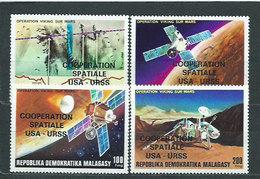 Madagascar - Correo 1976 Yvert 600/3 ** Mnh  Astro - Madagascar (1960-...)