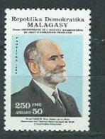 Madagascar - Correo 1989 Yvert 942 ** Mnh  Rene Cassin - Madagascar (1960-...)