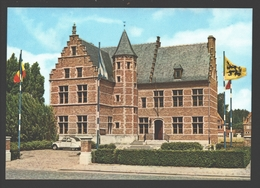 Sint-Gillis-Waas - Gemeentehuis - Auto / Car Citroën 2CV - Sint-Gillis-Waas
