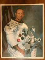 GERALD P. CARR .Space. Cosmonaut Photo Autograph Hand Signed Authentic 20 X 25 Cm - Fotos Dedicadas