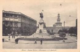 Italia Lombardia Milan Milano - Piazza Elittica E Monumento A G. Garibaldi   - Cartolina  Barry 2710 - Milano (Milan)