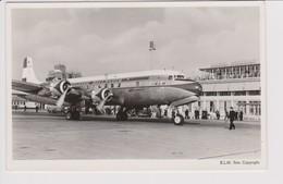 Vintage Rppc KLM K.L.M. Royal Dutch Airlines Lockheed Douglas Dc-6 Aircraft @ Schiphol Airport - 1919-1938: Entre Guerres
