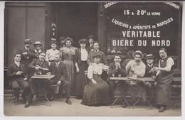 CARTE PHOTO D'UN CAFE : VERITABLE BIERE DU NORD - DEGUSTATION DE VIN DE SAUMUR - BYRRH - MOKA - APERITIFS -z 2 SCANS Z- - Cafés