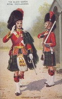 Postcard The Black Watch Royal Highlanders Officer & Sentry Uniform Tartan Kilt My Ref  B13789 - Uniforms