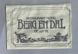 Suikerzakje.- DE LUTTE. RESTAURANT HOTEL - BERG EN DAL -. Bentheimerstraat 34. Sugar Sucre Zucchero Zucker - Suiker
