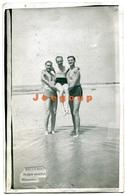Photo Postcard Men In Swimwear Traje De Baño Playa Malvin Montevideo Uruguay - Persone Anonimi