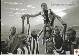 CROIX ROUGE De Belgique Francophone : Elevons Les Horizons. Boomerang - Croce Rossa