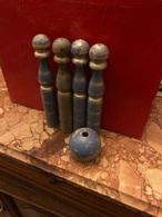 Jeu De Quille (4 Quilles + 1 Boule) - Antikspielzeug