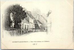 28 NOGENT LE ROTROU - Rue Gouverneur Et Château. - Nogent Le Rotrou