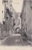 SAINT FLOUR Portail Et Rue Des Tuiles - Saint Flour