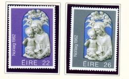 IRELAND  -  1982  Christmas  Set  Unmounted/Never Hinged Mint - Unused Stamps