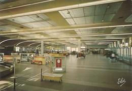 L'Aéroport De Bordeaux Merignac Hall Principal Edit Chaigneau 4683 - Aérodromes