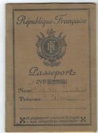 Passport République Française - Diplome Und Schulzeugnisse