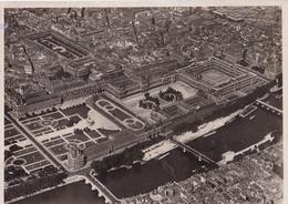 PARIS - VUE AÉRIENNE. MUSEE DU LOUVRE. PHOTO CIRCA 1928. PHOTOGRAPHIES AERIENNES M. JOLIOT, PILOTE D'AVION - LILHU - Boats
